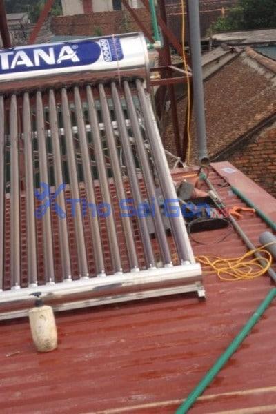 Sửa chữa vệ sinh Bình năng lượng mặt trời