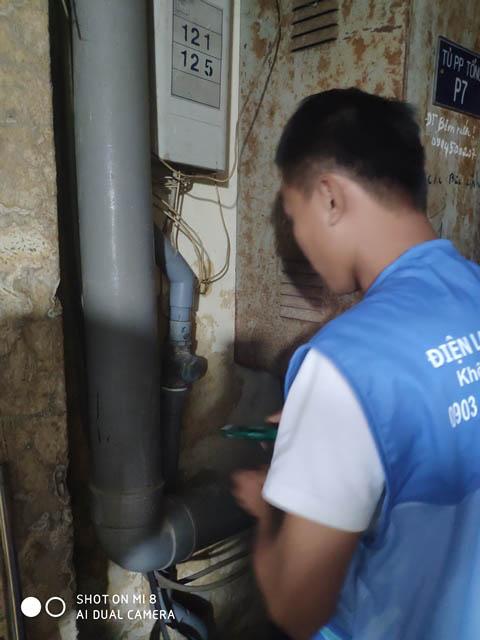 Thợ sửa ống nước - thay van 1 chiều cho chung cư, tòa nhà tại Bình Thạnh